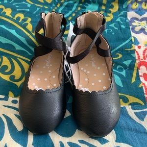 Cat & Jack Shoes - ⭐️ Cat & Jack flats NWT